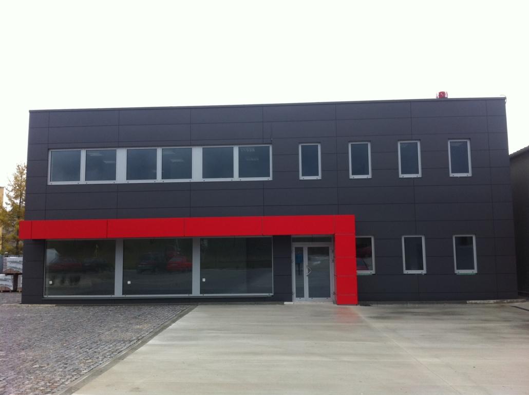 ocelova montovana budova (2)