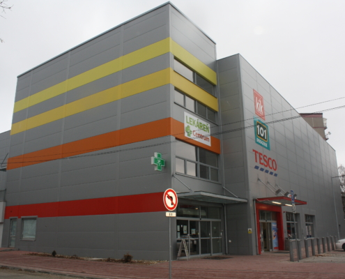obchodna hala (2)